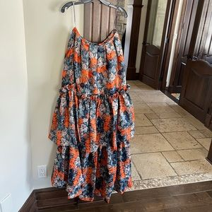 Katerine Floral Tiered Maxi Skirt...Size 6 NWT